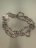 Used Faux Pearl Necklace in Dubai, UAE