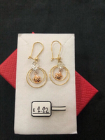 Dangling Earrings with 2.22 grams