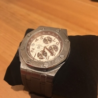 Used HEMSUT water resistant watch in Dubai, UAE