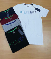 Used Hilfiger T-shirt 5 pieces  in Dubai, UAE
