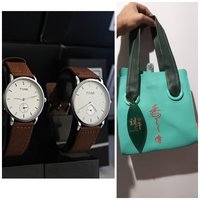 Used Super Offer《Tomi Couple Watches + BAG in Dubai, UAE