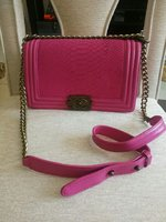 Used CHANEL BOY BAG..LIKENEW..NOT ORIGINAL.. in Dubai, UAE