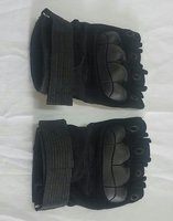 Used Tactical gloves two pairs. in Dubai, UAE