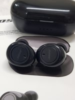 Used Bose Earbuds TWS 2 ☆☆☆. in Dubai, UAE