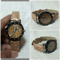 Used New Brown S&Y watch for her.. in Dubai, UAE