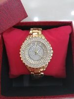 Used Bee Sisters Golden watch new in Dubai, UAE