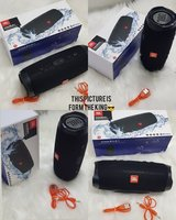 Used Charge4 Black speakers JBL nw best quali in Dubai, UAE