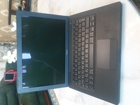 Used Apple MacBook C2D 4GB Ram 250 GB HDD in Dubai, UAE