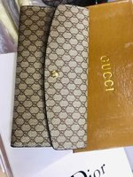 Used •2 GUCCI Wallet With Box *Restocked in Dubai, UAE