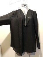 Used Brand new ladies black shirt size Xl in Dubai, UAE