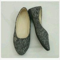 Flat shoes grey color linen size-37