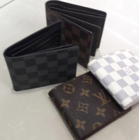 Louis vuitton small bag)one piece