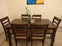 Used 6 seat Dinning Set in Dubai, UAE