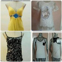 Used Bundle Offer 4pcs Tops for lady brandnew in Dubai, UAE
