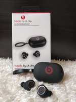 Used BEAT EARPHONES NEW✓ in Dubai, UAE