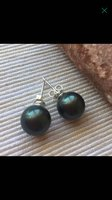 Used Black South sea shell pearl earrings in Dubai, UAE