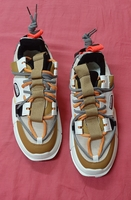 Used Fashion trend sneakers, 41 ! in Dubai, UAE