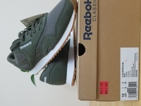 Used original Reebok size 43 in Dubai, UAE