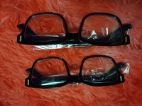 Used 2pcs Blu-ray protective Glasses in Dubai, UAE