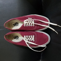 Used Vans Shoes Maroon Unisex in Dubai, UAE