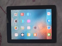 Used iPad 2 64gb (wifi) in Dubai, UAE