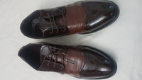 Used SIZE 42 - Men Patent Leather Shoes BROWN in Dubai, UAE