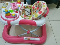 Used Juniors baby walker in Dubai, UAE