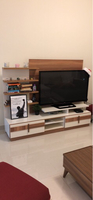 Used Tv stand in very good condition in Dubai, UAE