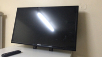 Used Samsung led tv 32' Short period use in Dubai, UAE