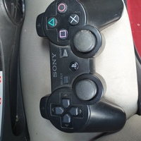Used 3 play station controller in Dubai, UAE