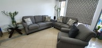 Used Sofa 3+2+1 set in Dubai, UAE
