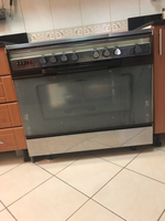 Used Glem Glass 5 burner cooking range in Dubai, UAE