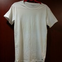 Used Original Tommy Hilfiger men's tshirt in Dubai, UAE