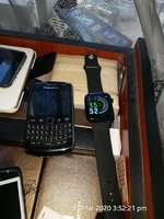 Used BlackBerry curve ♨️ apple watch replica♥ in Dubai, UAE