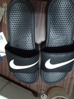 Used Black nike slipper in Dubai, UAE