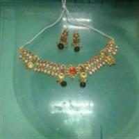 Used Neclace With Ear Rings. in Dubai, UAE