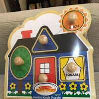 Melissa&doug Jumbo Knob PUZZLE. Shapes With Pictures Under Puzzle.