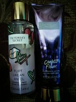 Used Fragrance mist and lotion in Dubai, UAE