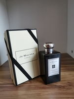 Used Jo Malone velvet rose and oud in Dubai, UAE