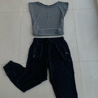 Used Full set size small UK 10 only 30 dhs !  in Dubai, UAE