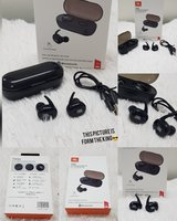 Used JBL Earbuds... new in Dubai, UAE