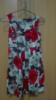 Used Floral Dress Size XS in Dubai, UAE
