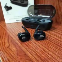 Used Jbl tws 4 Earbuds today offer Saturday in Dubai, UAE