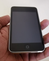Used iPod touch 32 gb  in Dubai, UAE
