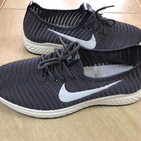 Used Nike shoes size 43 brand new in Dubai, UAE