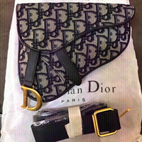 Used Dior waist 💼 first class copy  in Dubai, UAE