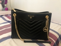 Used Preloved Michael Kors - Shoulder Bags in Dubai, UAE