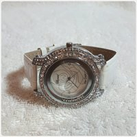 Used Amazing white CHOPARD watch for her in Dubai, UAE