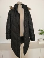 Used GAPS WINTER COAT in Dubai, UAE