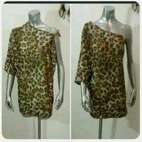 Used Fabulous tiger print Top for women. in Dubai, UAE
